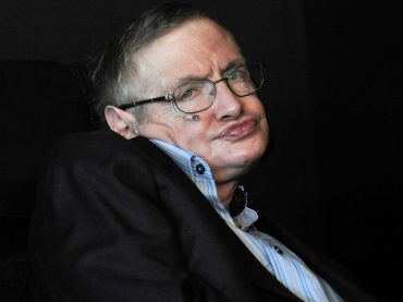 Stephen Hawking – No us discapaciteu l'esperit